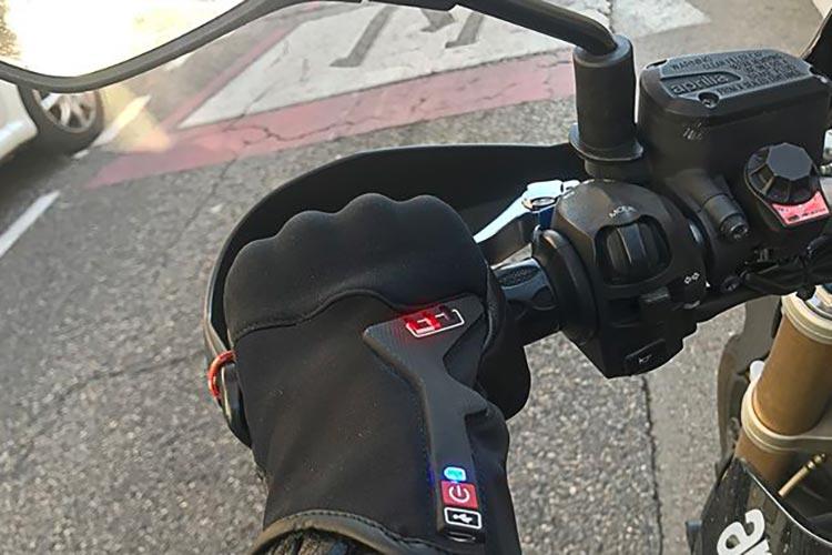 moto bracelet connecté