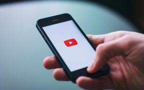 Apprenez à écouter YouTube en arrière-plan sur iOS et Android sans coupure