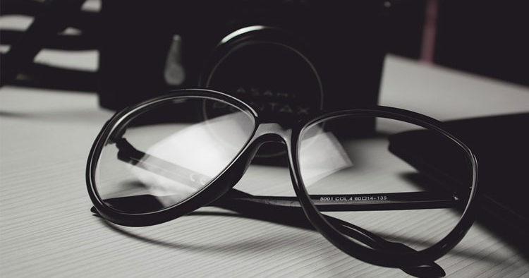 Comment choisir ses lunettes anti lumière bleue ? > Web & Tech